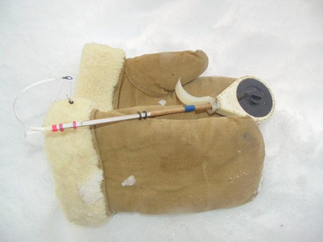 Рукавицы для зимней рыбалки: виды, как правильно выбрать