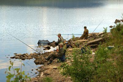 Ловля карася весной на поплавочную удочку, где ловить и на что