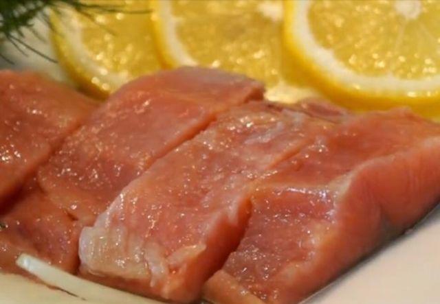 Как солить горбушу в домашних условиях, вкусные и быстрые рецепты