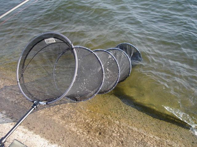 Садок для рыбы своими руками: садок из сети, металлический