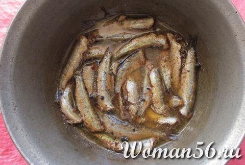 Как сделать шпроты в домашних условиях, рецепты из: кильки, тюльки, салаки
