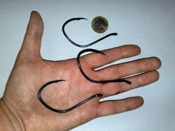 Крючок на сома, размеры крючка и его характеристики
