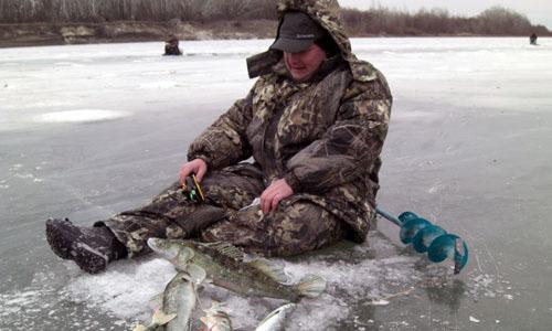 Костюм для зимней рыбалки: как выбрать, обзор брендов, где купить и отзывы