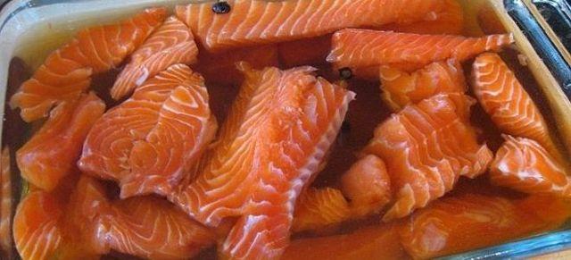 Как посолить форель дома с солью и сахаром, лучшие рецепты